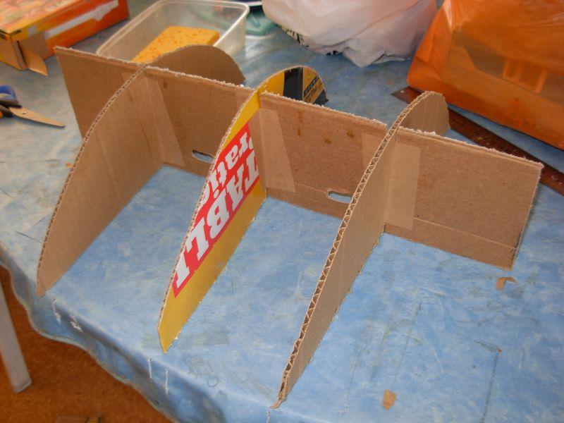 La lune est en carton suite wip tortue for Finition meuble en carton